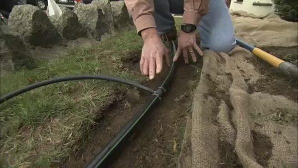 Cách lắp đặt hệ thống phun mưa